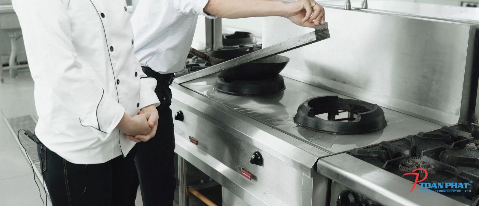 Mua bếp Á công nghiệp Toàn Phát chất lượng cao